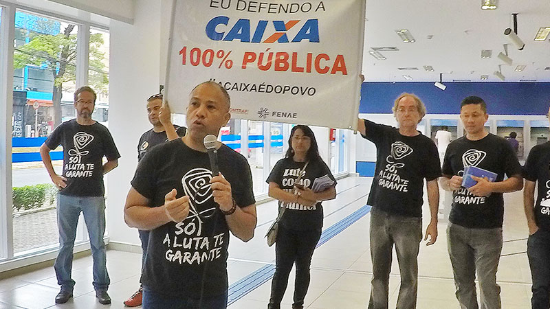 Diretores do Sindicato participam de Dia Nacional em Defesa da Caixa
